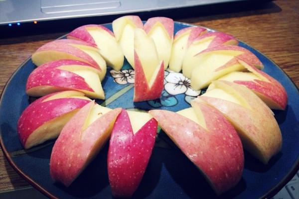 柯拉米佳依做的水果拼盘~的做法