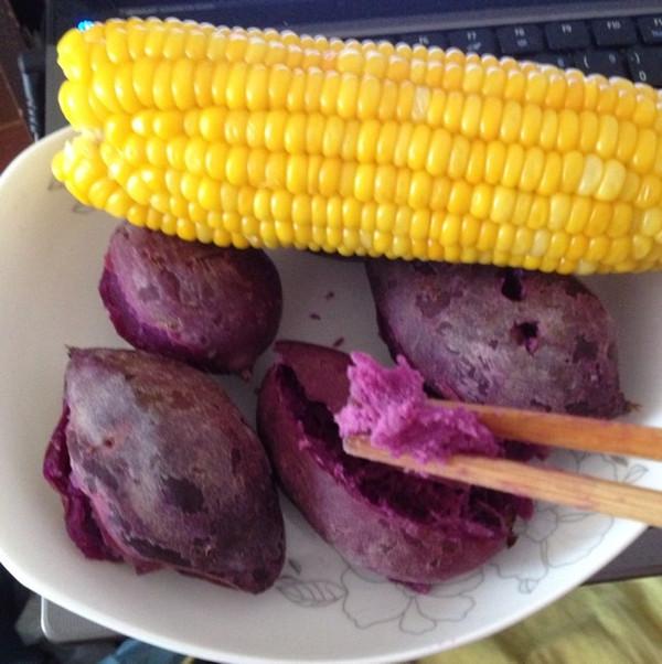 蒸玉米,红薯