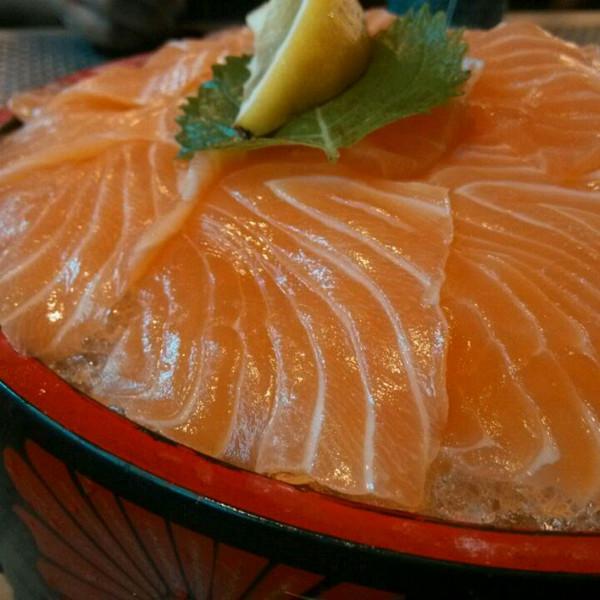 三文鱼薄切刺身的做法