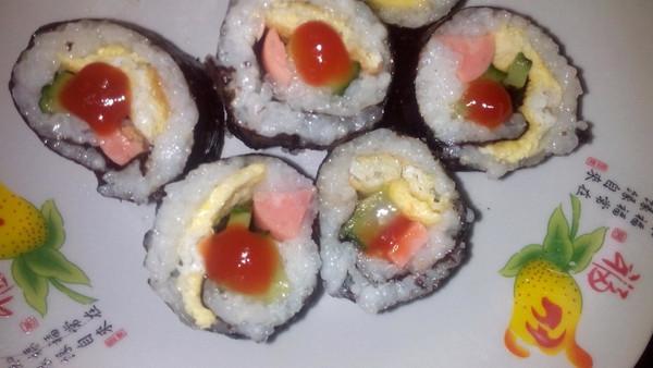 小呆瓜^o^的紫菜寿司卷做法的学习成果照