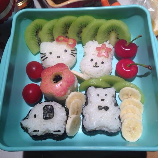 宝宝可爱饭团图片