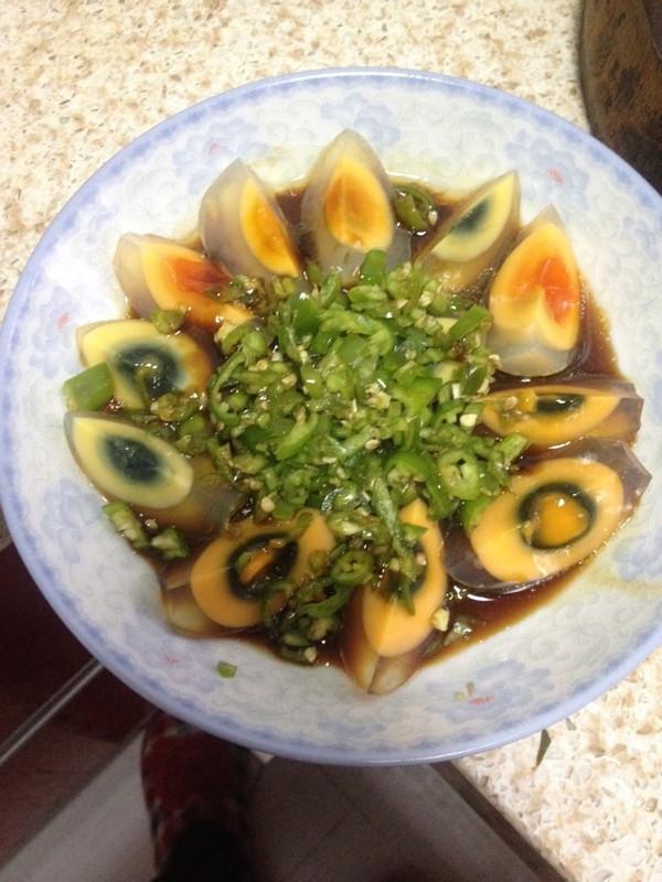 可木.梅做的虎皮青椒皮蛋的做法 豆果美食