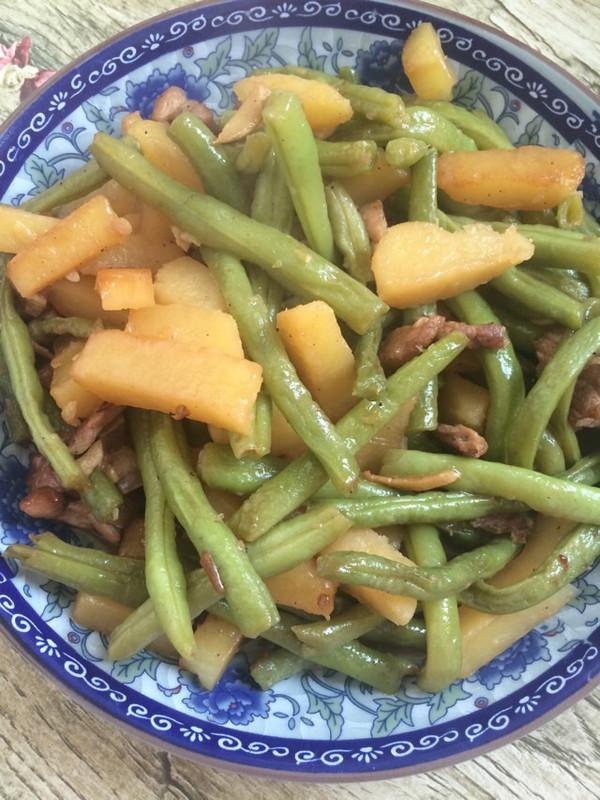 小鱼586的豆角炒土豆条做法的学习成果照_豆果美食