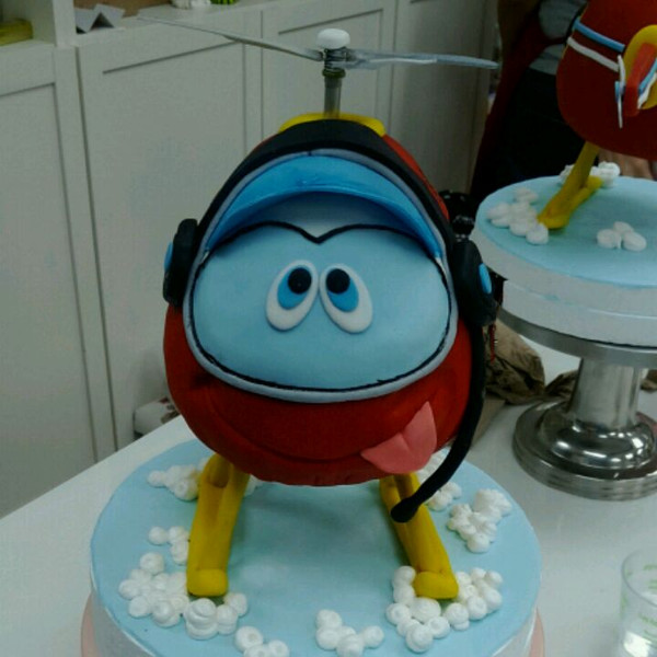 立体翻糖蛋糕的做法