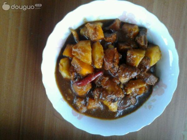 """小可爱""""*做的红烧肉炖小土豆的做法_豆果美食"""