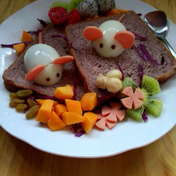 lwj秋做的两只小老鼠儿童早餐的做法