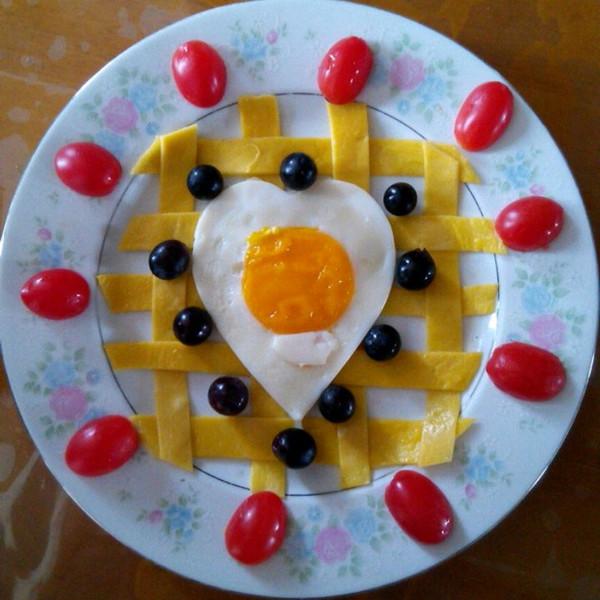 莹2323做的简单水果拼盘 水果的别样风情的做法 豆果美食