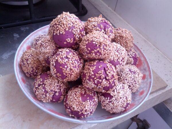 牛牛哦哦哦做的紫薯球的做法