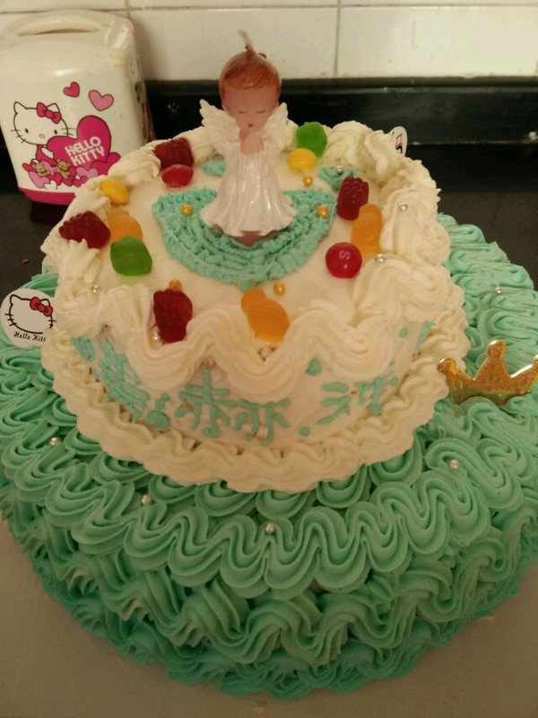 肥泡泡的【装饰蛋糕】双层生日蛋糕做法的学习成果照
