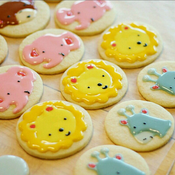 饼干pop节日海报手绘