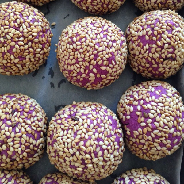 铁胡花做的糯米紫薯球的做法