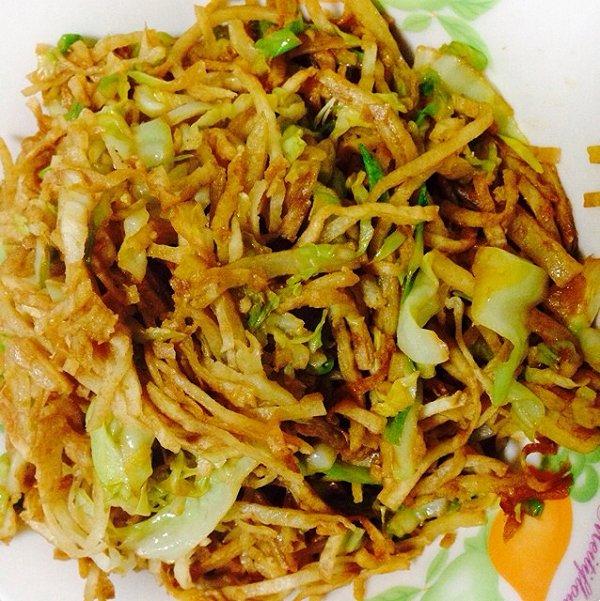 北京糊糊做的圆白菜素炒饼的做法_豆果美食