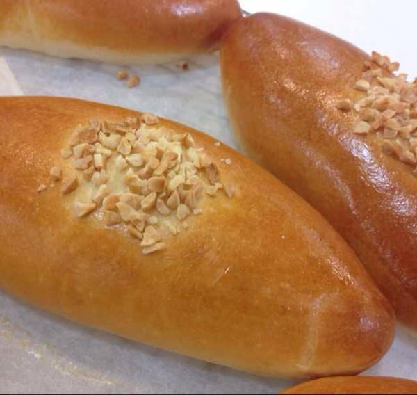 小动物粉做的奶油夹心面包的做法