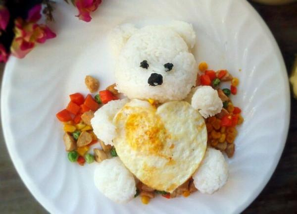 门孔雀的小白熊饭团做法的学习成果照