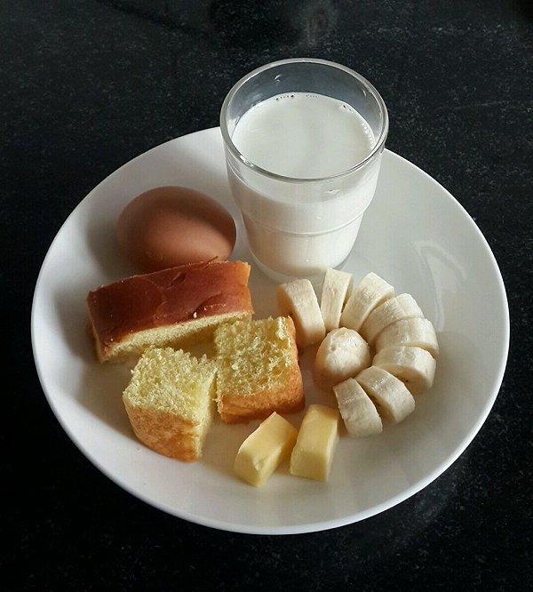 虎娘做的西式早餐的做法