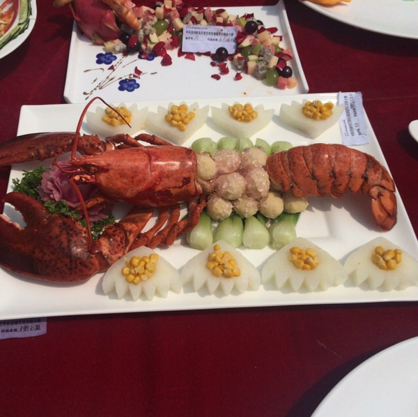 交叉的黑白曲线的红烧龙虾做法的学习成果照_豆果美食