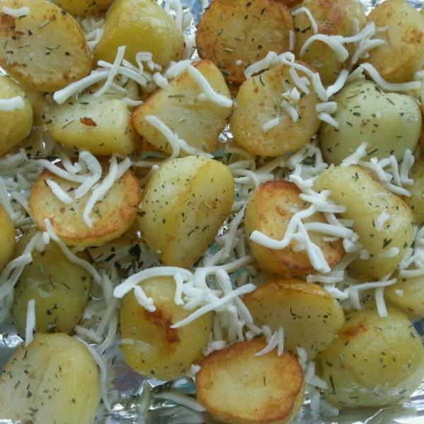 黄油烤土豆图片