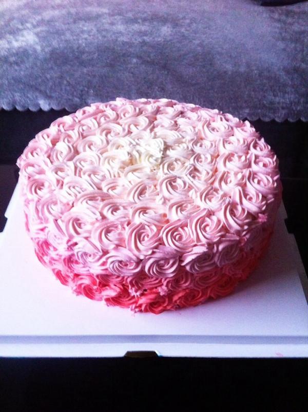 玫瑰花生日蛋糕#长帝烘焙节图片