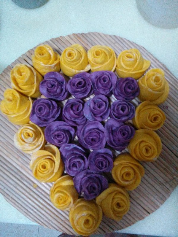 julimin做的紫薯玫瑰馒头的做法