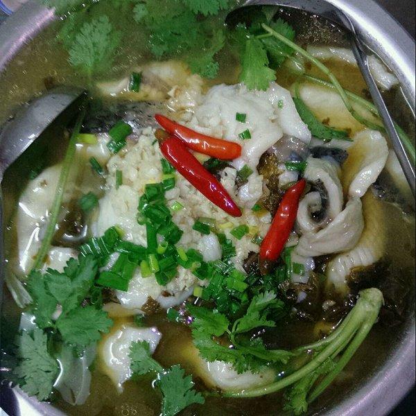 我只会做家常菜做的酸菜鱼的做法_豆果美食