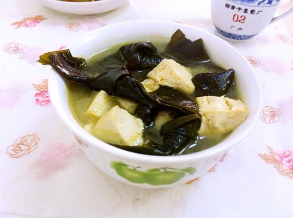海带结豆腐汤,鲜美