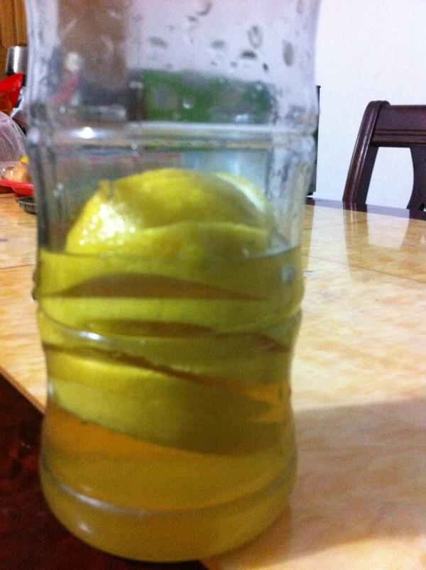 檸檬蜂蜜水的做法