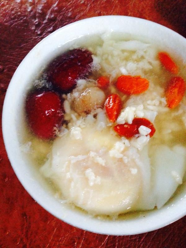 桂圆红枣枸杞酒酿蛋