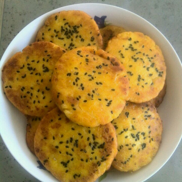 zz小仪做的红豆馅番薯饼的做法_豆果美食