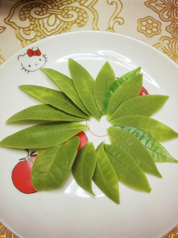 4号大仙做的巧克力树叶的做法