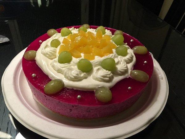 火龙果慕斯蛋糕图片