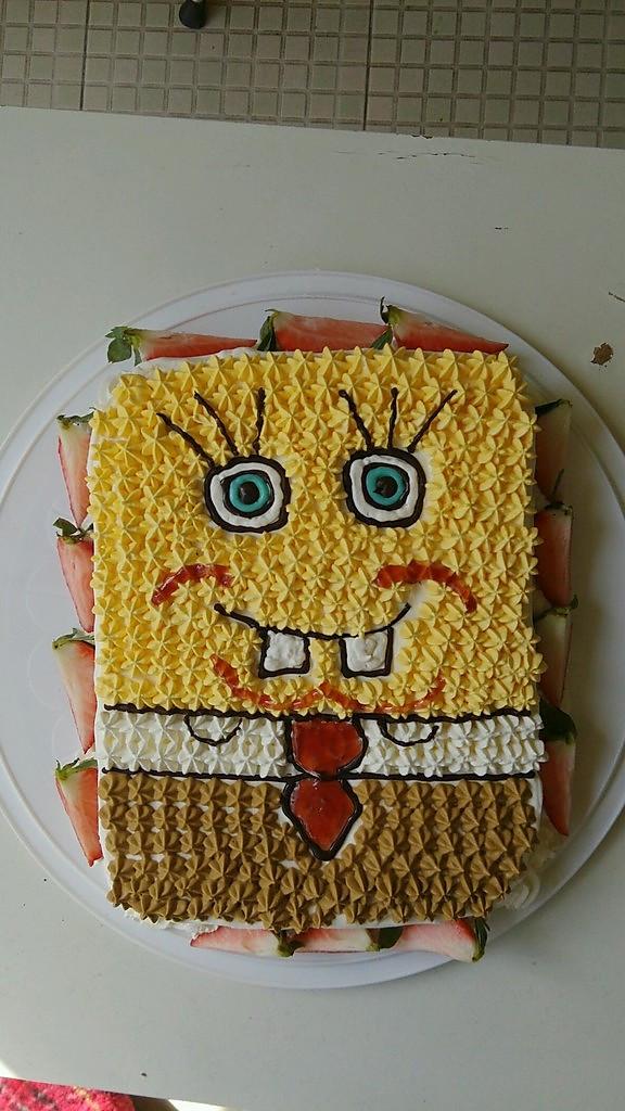 儿子六周岁生日蛋糕,可爱的海绵宝宝
