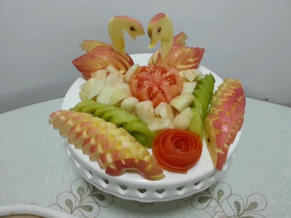 欣煮意做的缤纷水果拼盘的做法