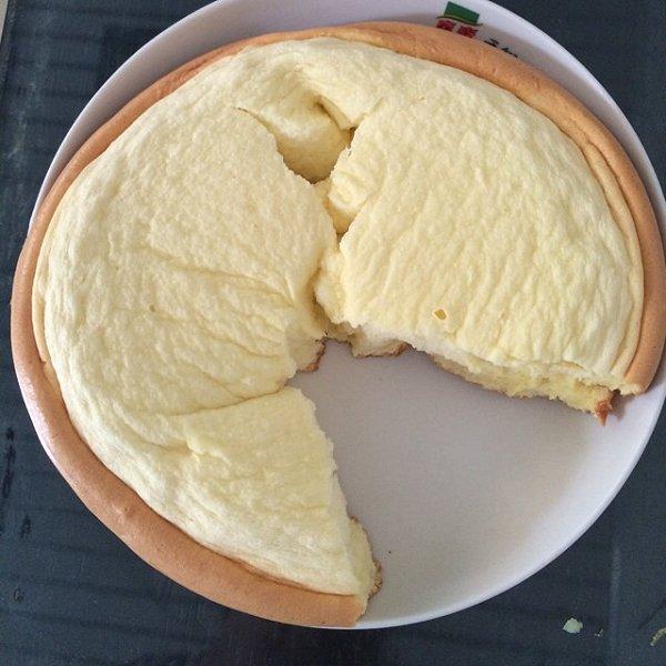 石头爱吃馒头做的电饭煲蛋糕的做法_豆果美食