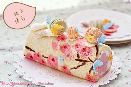 纯元陵容做的桃花手绘蛋糕卷的做法