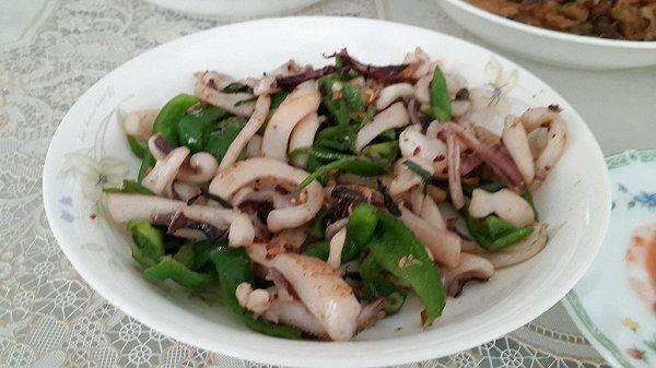 生气通天做的墨鱼炒韭菜的做法