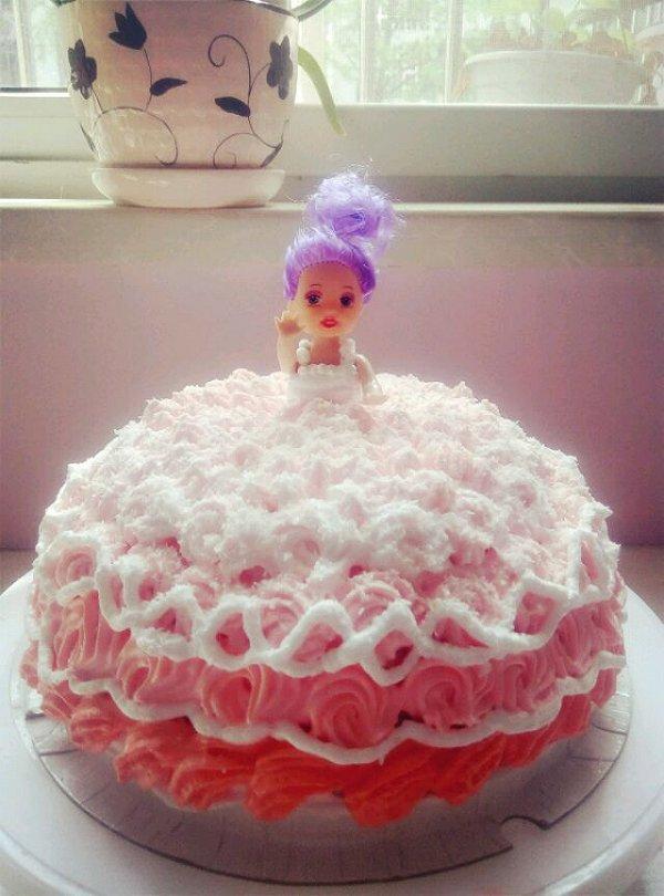 diy芭比娃娃蛋糕的做法