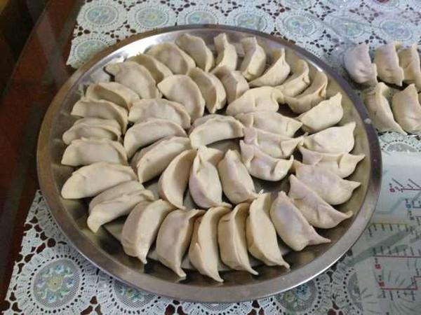 爱吃樱桃的小萌猪做的水笋鲜肉饺子的做法_豆果美食