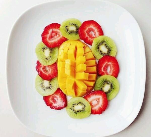 荷花水果拼盘图片,荷花水果拼盘的做法