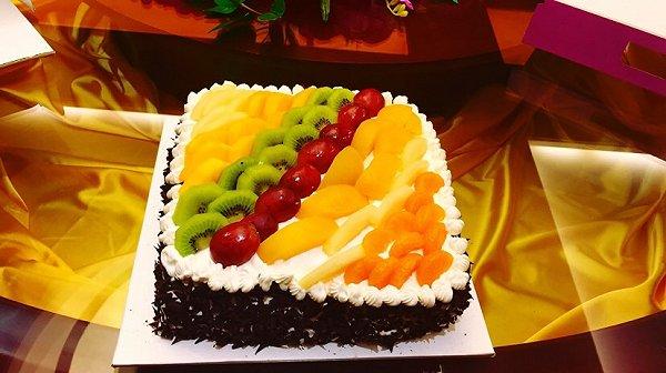 时尚2的杏仁水果正方形戚风生日蛋糕做法的学习成果