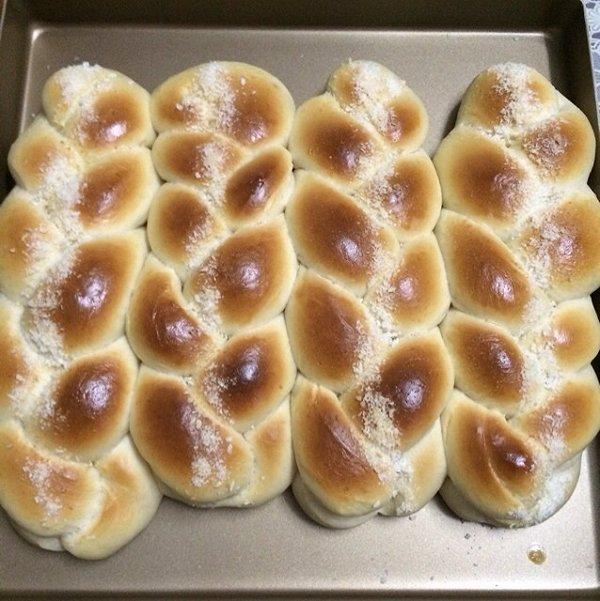 可人嬷嬷做的辫子面包的做法
