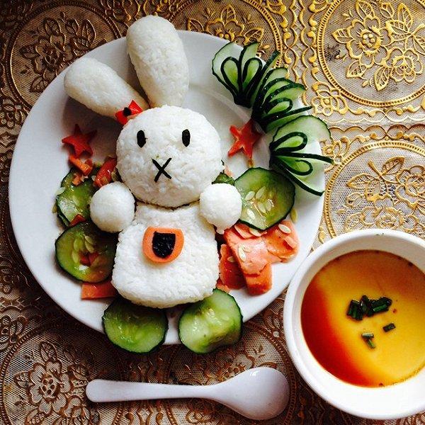我爱吃冰做的小白兔饭团的做法