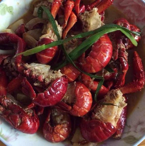 爆辣小龙虾(最详细小龙虾清理)