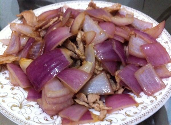 肉炒洋葱的做法