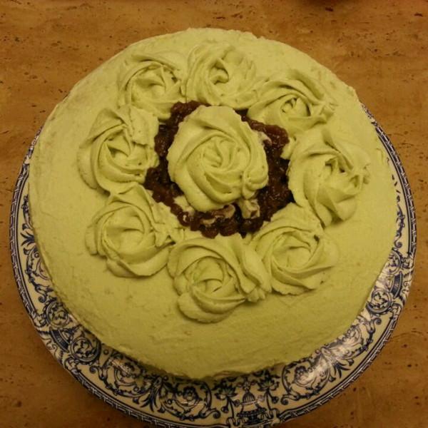 兔子爱吃虾米做的花朵奶油蛋糕的做法