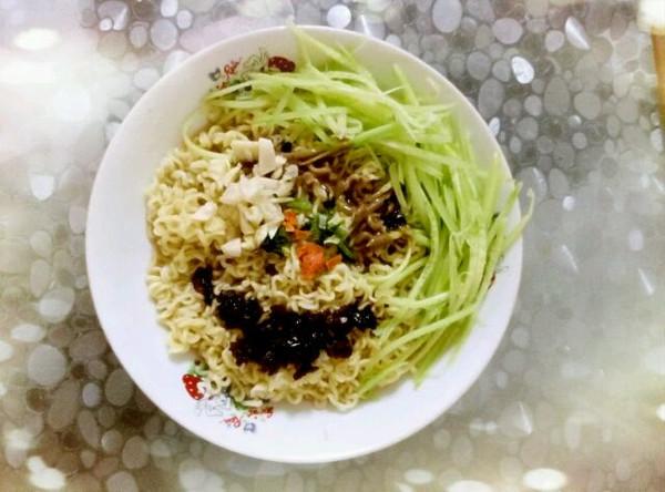 仙度瑞拉ying的干拌方便面一一方便面吃出健康来!